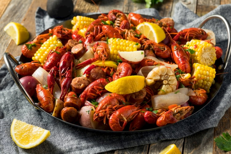 lobster-crawfish-boil
