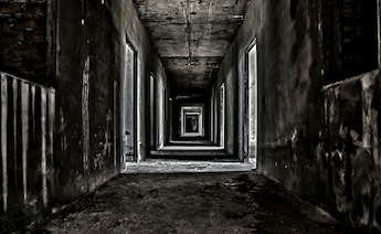 LA-haunted-hallway