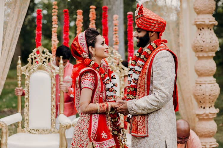 Bride and groom in traditional Indian wedding