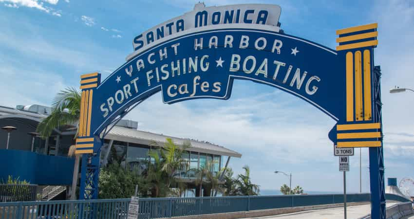 The entrance sign to the Santa Monica Pier